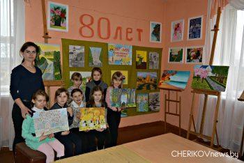 Тематическая выставка, приуроченная 80-летию образования Могилевской области действует в Езерской детской школе искусств