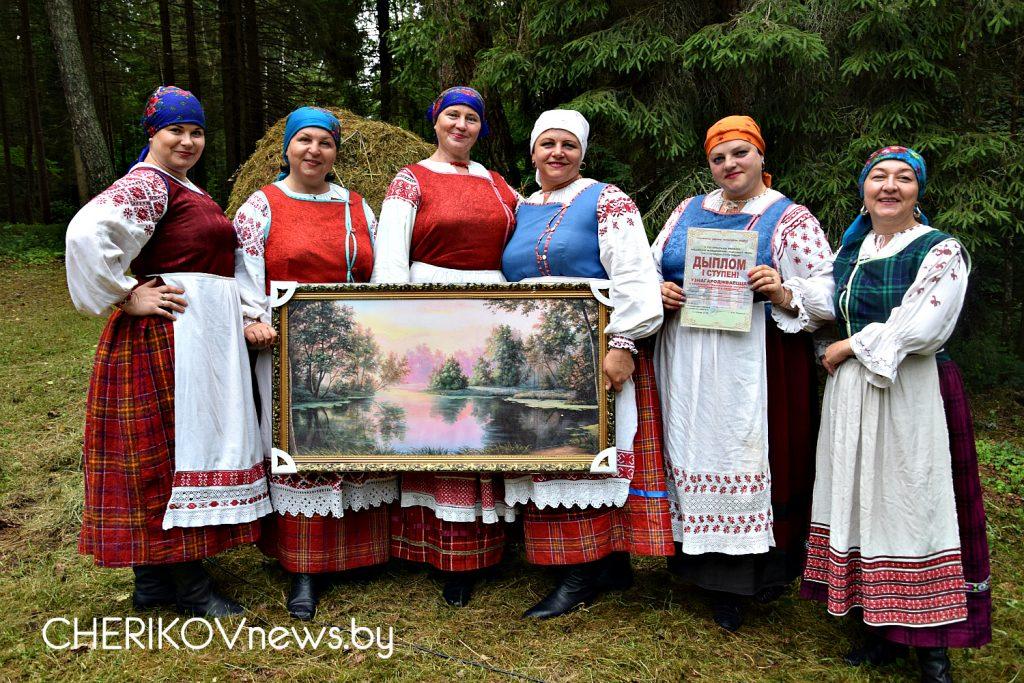 Целебная криница, дай воды напиться. Региональный праздник «Брязгун» прошел в Чериковском районе