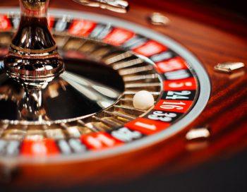 Казино Cristal казино кристалл на таганке Играть в деньги