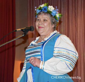 Накануне 8 марта в Езерском СЦК состоялась концертная программа «О, женщина, тебя прекрасней нет!»