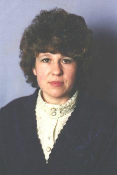 Валентина Сахоненко обучала ребят знаниям королевы наук — математики