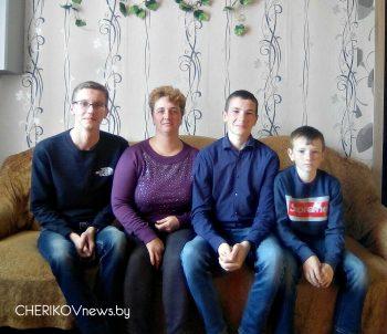 Забота и внимание царят в семье Моисеенко из агрогородка Езеры