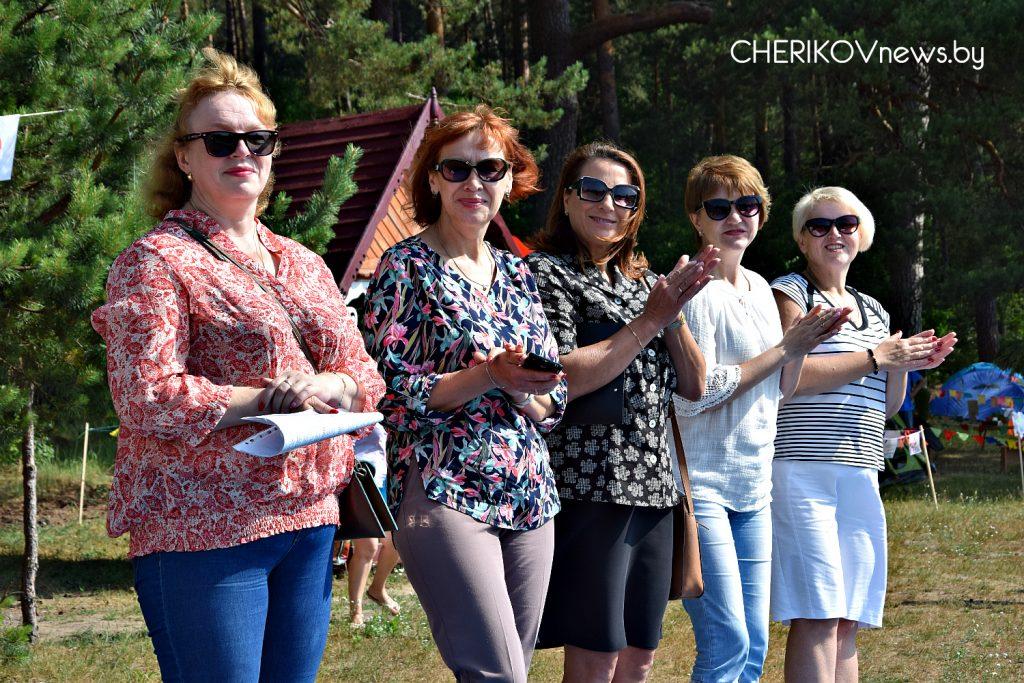 Элегантны, креативны, позитивны: областной турслет прошел на Чериковщине