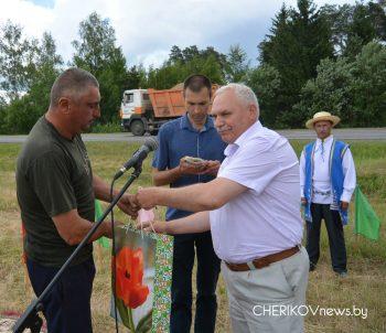 Механизаторы Чериковщины состязались за звание лучшего пахаря района