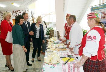 Социальные швейные мастерские появятся в агрогородке Лобановка Чериковского района благодаря реализации проекта по сетевому взаимодействию