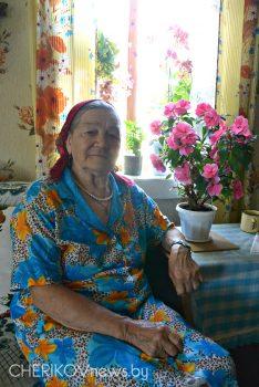 Жительница деревни Михлин Чериковского района Елена Ткачева — владелица