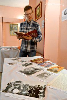 В Чериковском историко-краеведческом музее работает выставка о развитии Республики Беларусь