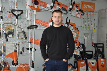 Андрей Дорофеев: «В нашем магазине вы найдете все: от бензопилы до гвоздя»