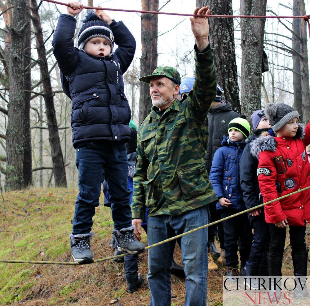 Туристическая елка очередной раз собрала мальчишек и девчонок Чериковщины на новогодний праздник