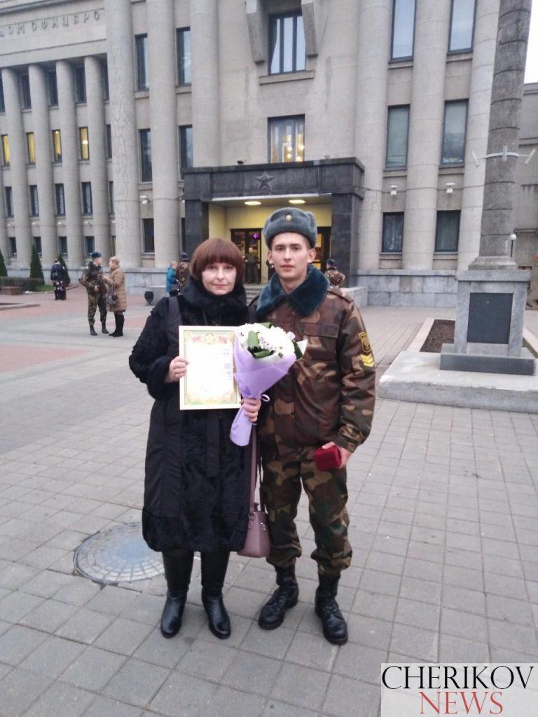 Награду от министра обороны получил солдат-срочник Евгений Федоров