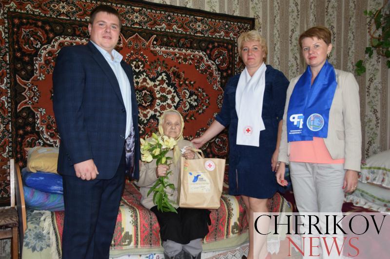 Акцию «Синий платочек» провели представители общественных объединений