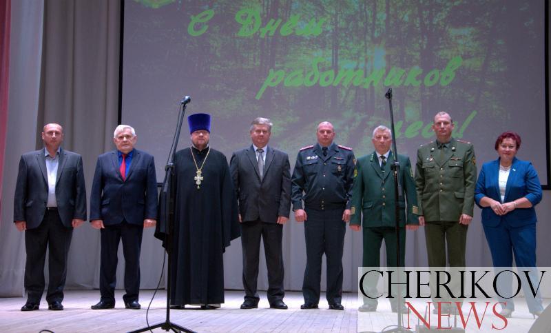 Профессиональный праздник отметили работники лесной отрасли района