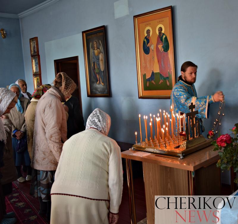 В праздник Рождества Пресвятой Богородицы чериковский храм посетил архиепископ Могилевский и Мстиславский Софроний