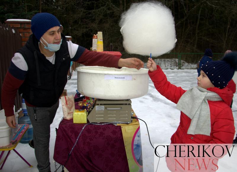 Чериковский маёнтак Деда Мороза радушно встречал гостей