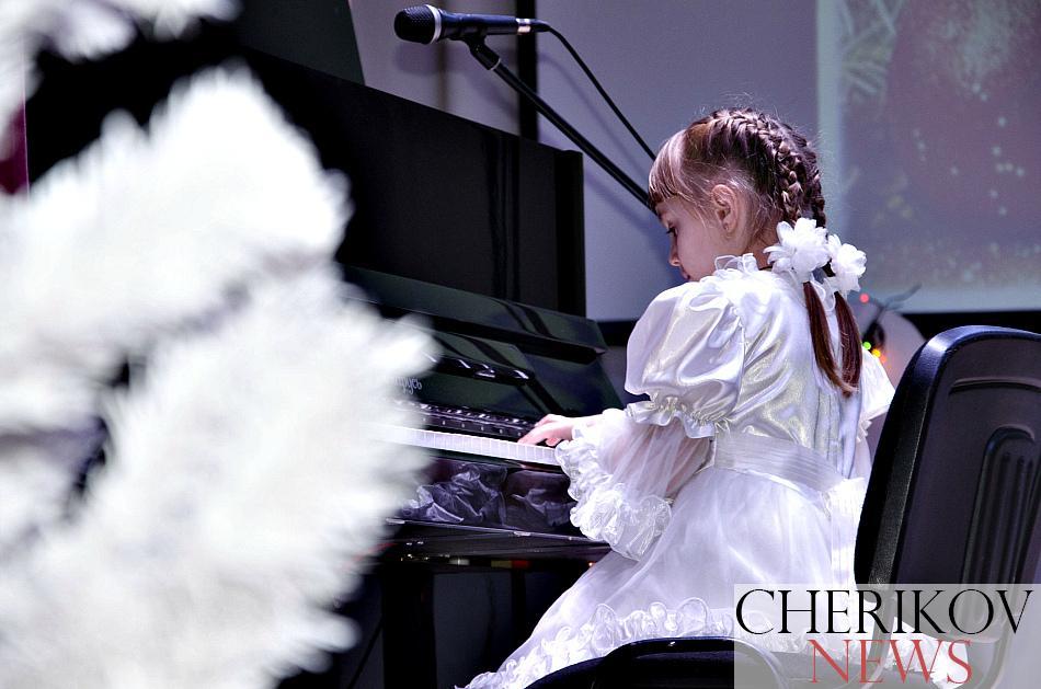 Праздник музыки и созвездия талантов. В Черикове прошел отчетный концерт детской школы искусств