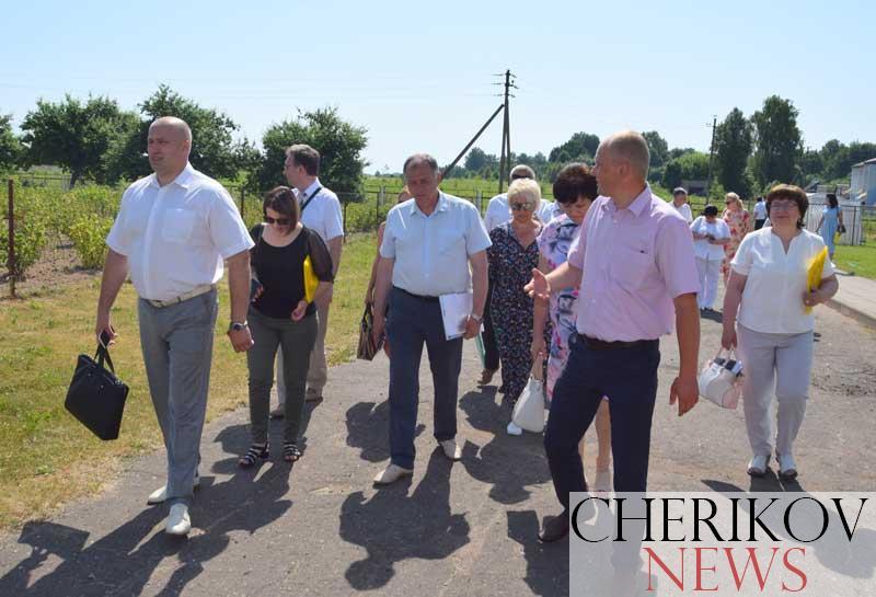 Выездной семинар-совещание председателей городских, районных Советов депутатов Могилевской области проходит в Черикове